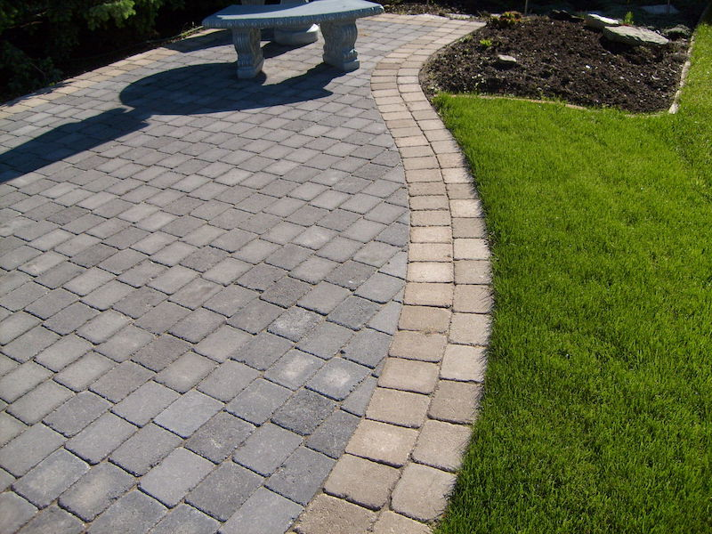 Paving Stone & Retaining Walls